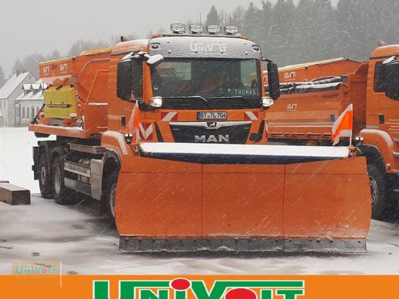 Kommunalfahrzeug des Typs MAN TGS 28.500 Allrad mit Lenk-Liftachse Multilift Hakengerät, Winterdienst Schneepflug - Streuer, Gebrauchtmaschine in Warmensteinach (Bild 2)