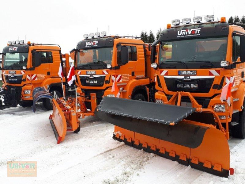 Kommunalfahrzeug des Typs MAN TGS 28.500 Allrad mit Lenk-Liftachse Multilift Hakengerät, Winterdienst Schneepflug - Streuer, Gebrauchtmaschine in Warmensteinach (Bild 3)