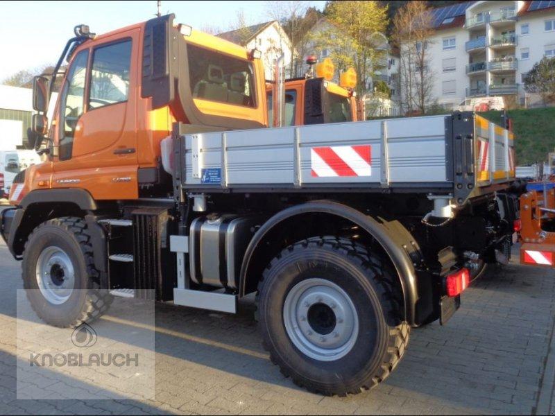 Kommunalfahrzeug des Typs Mercedes-Benz Unimog U 218, Neumaschine in Immendingen (Bild 3)
