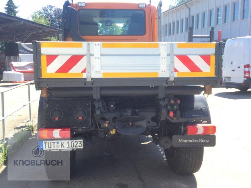 Kommunalfahrzeug des Typs Mercedes-Benz Unimog U 430, Neumaschine in Wangen (Bild 2)