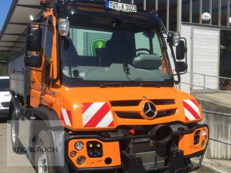 Kommunalfahrzeug des Typs Mercedes-Benz Unimog U 430, Neumaschine in Wangen (Bild 4)