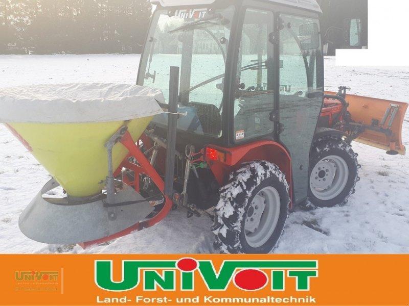 Kommunaltraktor des Typs Agromehanika AGT 835 TS Schneeschild und Streuer, Gebrauchtmaschine in Warmensteinach (Bild 7)