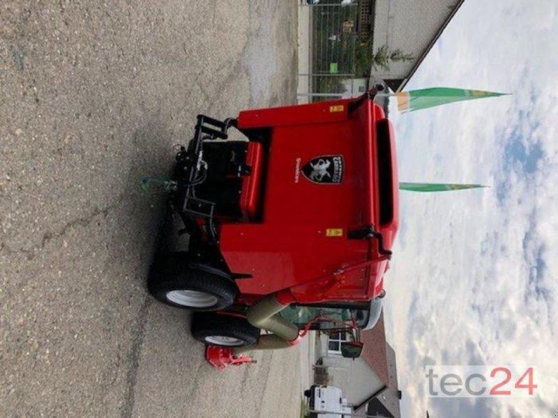 Kommunaltraktor des Typs Carraro SP 5008, Vorführmaschine in Stockach (Bild 3)