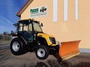 JCB 335 HST Трактор для коммунальных служб