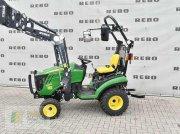 John Deere 1026R Komunálny traktor