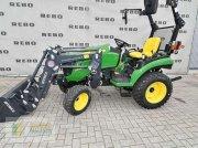 John Deere 2026R Komunálny traktor