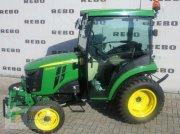 John Deere 2036R Komunálny traktor