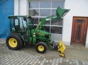 John Deere 2520 HST Трактор для коммунальных служб
