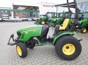 John Deere 2720 HST Komunálny traktor