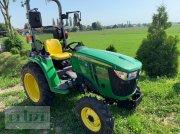 John Deere 3038 E kommunális traktor