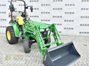 John Deere 3038E Komunálny traktor