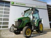 John Deere 3720 Kompakttraktor Трактор для коммунальных служб