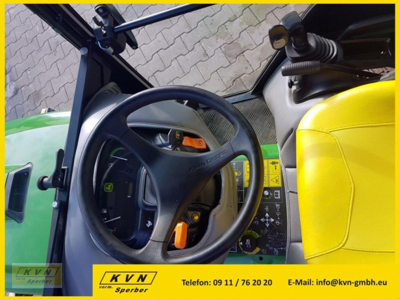 Kommunaltraktor des Typs John Deere X950R, Neumaschine in Fürth (Bild 3)