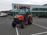 Kubota STV 32 Allrad Трактор для коммунальных служб