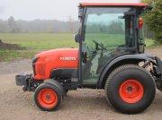 Kubota STW 40 Трактор для коммунальных служб