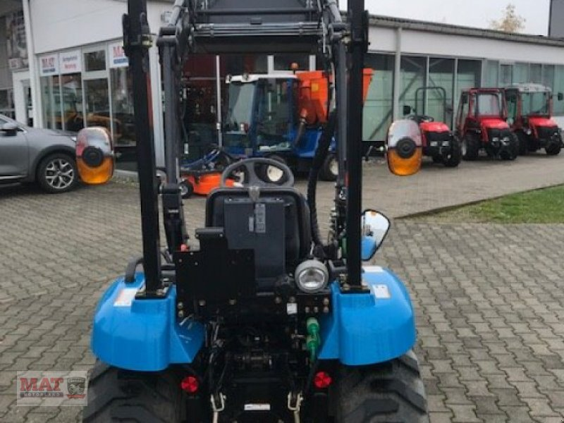 Kommunaltraktor des Typs LS Tractor J27 HST, Gebrauchtmaschine in Waldkraiburg (Bild 5)