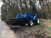 Kommunaltraktor des Typs LS Tractor R36, Neumaschine in Usingen-Eschbach