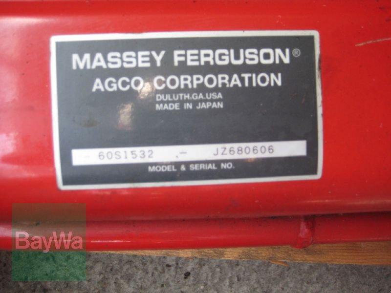 Kommunaltraktor des Typs Massey Ferguson LN 030 TRIPLE BLADE MÄHWERK, Neumaschine in Obertraubling (Bild 3)