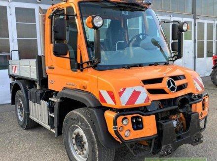 Mercedes-Benz Unimog 423 Трактор для коммунальных служб