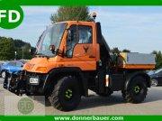 Mercedes-Benz Unimog U300 mit Kran, Kraftheber, 1.Hand Трактор для коммунальных служб