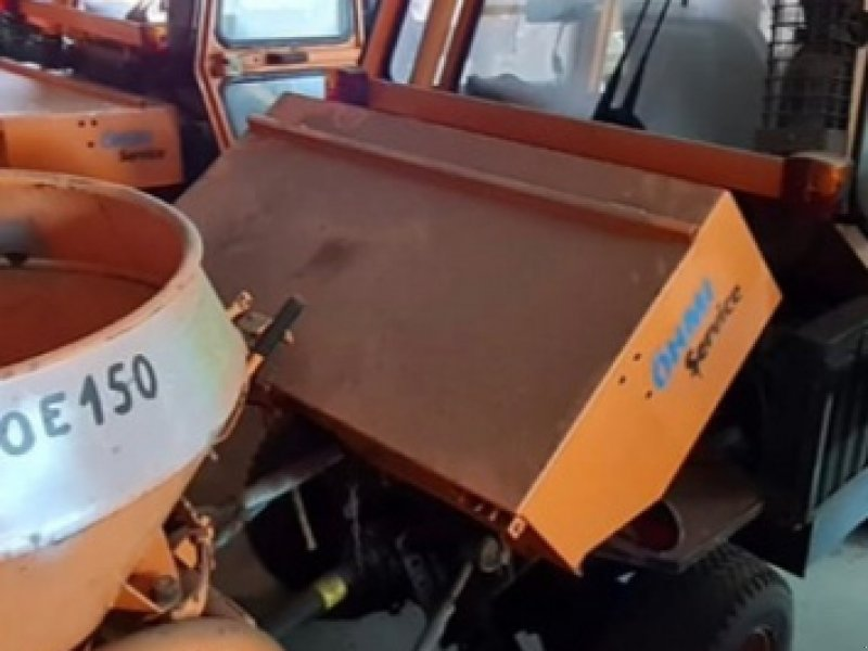 Kommunaltraktor des Typs Rasant KT 2200, Gebrauchtmaschine in Magdeburg (Bild 1)