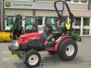TYM MT1800 Трактор для коммунальных служб