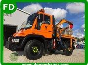 Kommunaltraktor typu Unimog Unimog U300 mit 130 KW, viele Extras, Gebrauchtmaschine v Hinterschmiding