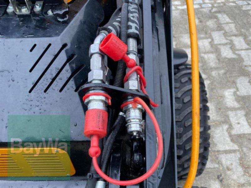 Kompaktlader des Typs GiANT Skid Steer SK 201D, Gebrauchtmaschine in Schwäbisch Gmünd - Herlikofen (Bild 8)