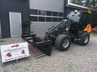 GiANT V6004T-TELE Med kabine, til omgående levering Ładowarka kompaktowa