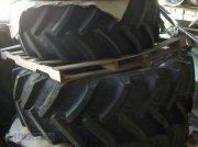 BKT Räder 480/70 R34, 420/70 R24 Komplettradsatz