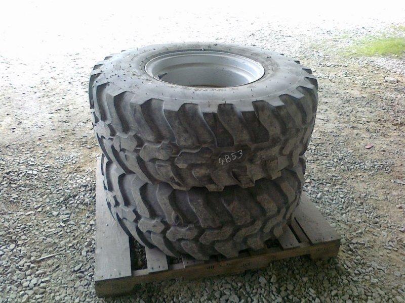 Komplettradsatz des Typs Dunlop 405/70RE1, Gebrauchtmaschine in CHAILLOUÉ (Bild 1)