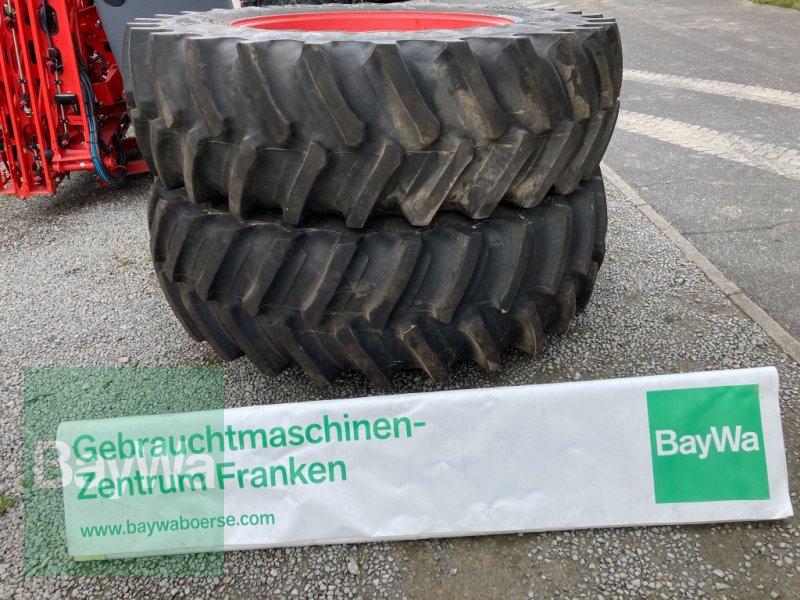 Komplettradsatz des Typs Grasdorf 520/85 R42 & 480/70 R34 passend für Vario 718 / 820, Gebrauchtmaschine in Giebelstadt (Bild 1)