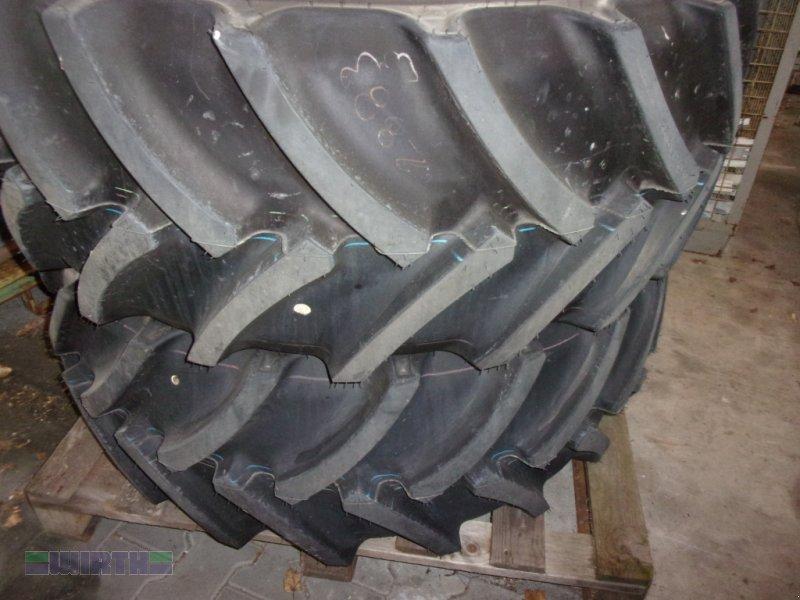 Komplettradsatz des Typs Mitas 480/65 R 28 Typ AC 65, Neumaschine in Buchdorf (Bild 1)