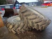 Mitas Räder 600 / 65 R 38 Mitas- von Case Komplettradsatz