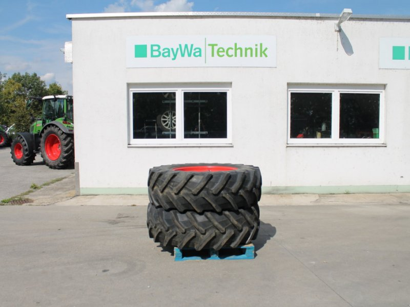 Komplettradsatz des Typs Pirelli 480/70 R34, Gebrauchtmaschine in Straubing (Bild 1)