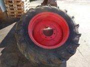 Komplettradsatz типа Pirelli Räder bzw Felgen 14. 9 x 28, Gebrauchtmaschine в Neureichenau
