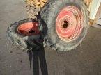 Komplettradsatz des Typs Semperit Räder 18.3-34 in Neureichenau