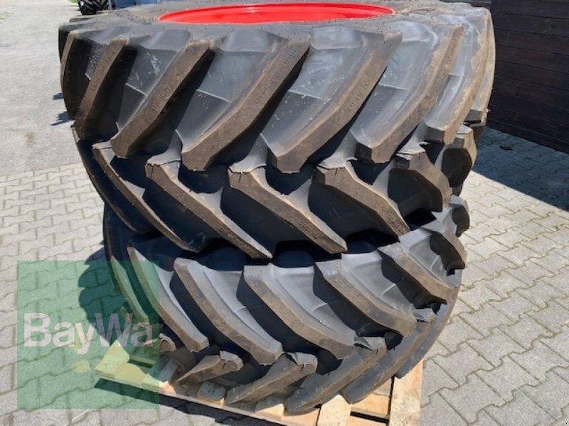 Komplettradsatz des Typs Trelleborg TM 1060 Räder, Neumaschine in Neumarkt-St. Veit