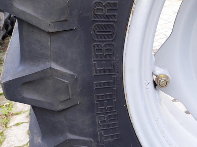 Komplettradsatz des Typs Trelleborg TM 800, Gebrauchtmaschine in Itterbeck (Bild 2)
