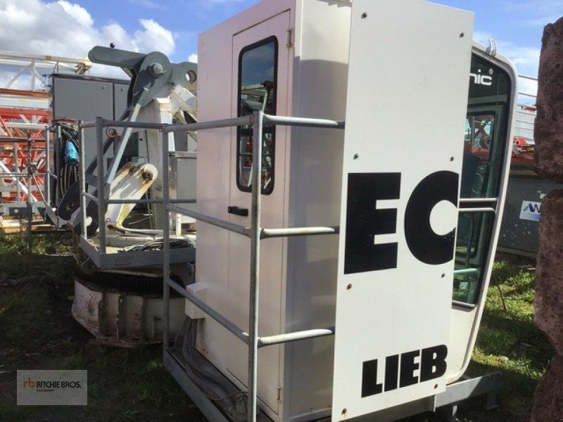 Kran типа Liebherr 150EC-B, Gebrauchtmaschine в Plumelin (Фотография 1)