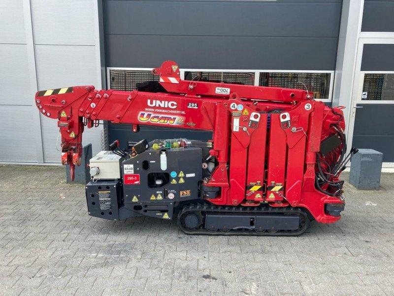 Kran типа Sonstige UNIC URW 295 CDMER, Gebrauchtmaschine в WIJCHEN (Фотография 1)