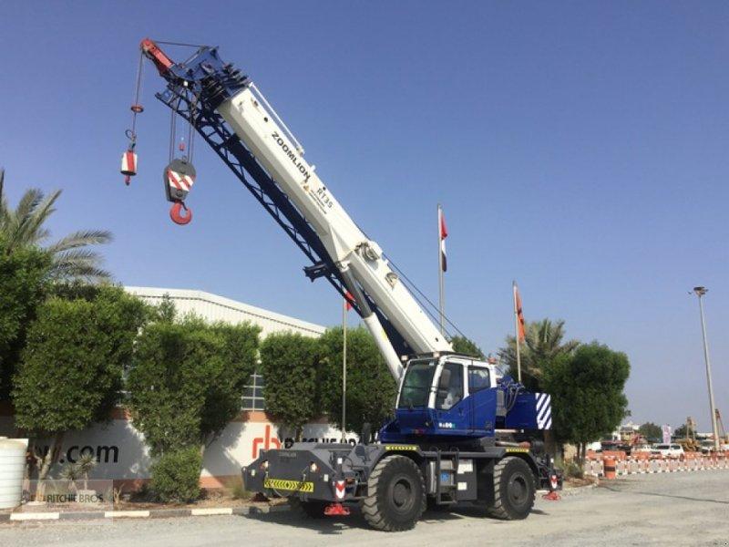 Kran типа Zoomlion RT35, Gebrauchtmaschine в Jebel Ali Free Zone (Фотография 1)