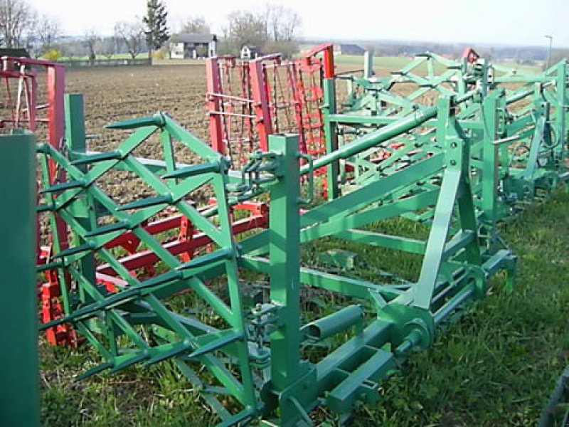 Kreiselegge tipa Feldherr Feldherr Eggenkombi 4m 2Krümmler, Gebrauchtmaschine u Kremsmünster (Slika 1)
