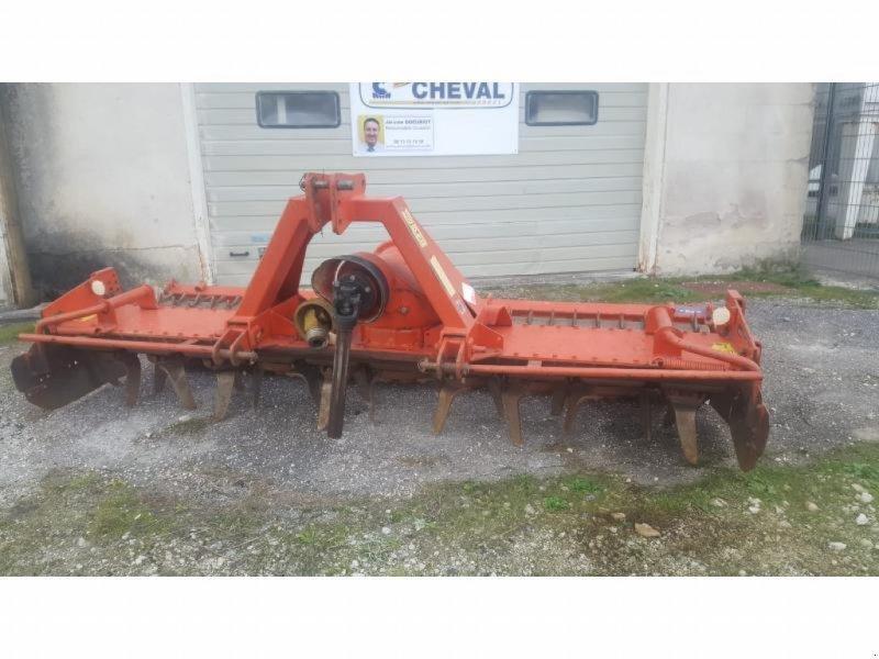 Kreiselegge des Typs Kuhn HR 3002 D, Gebrauchtmaschine in Chauvoncourt (Bild 1)