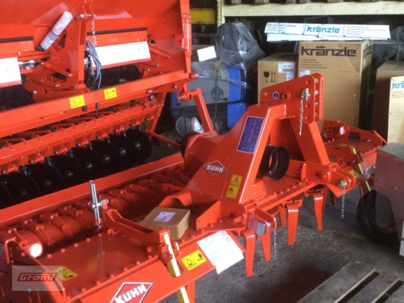 Kreiselegge tip Kuhn HRB 303, Neumaschine in Kößlarn (Poză 1)
