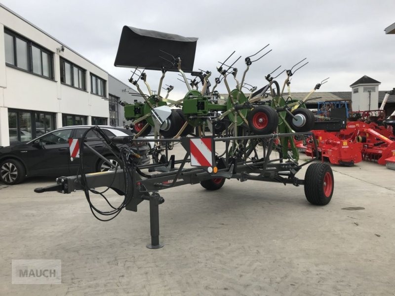 Kreiselheuer des Typs Fendt Twister 13010 T, Neumaschine in Burgkirchen (Bild 1)