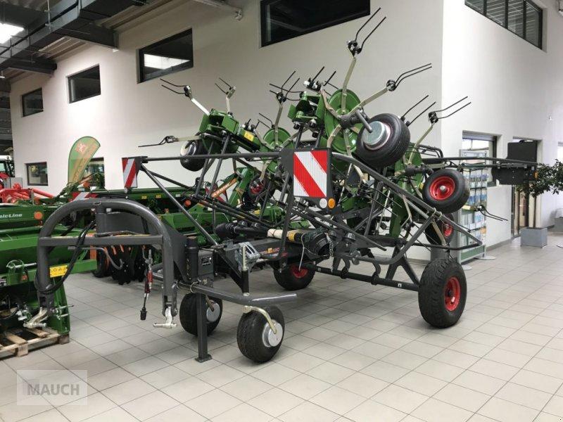 Kreiselheuer des Typs Fendt Twister 901 T, Neumaschine in Burgkirchen (Bild 1)