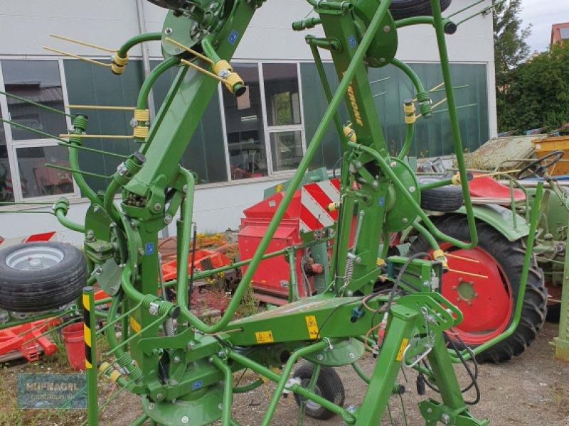 Kreiselheuer des Typs Krone KW 6.72/6, Neumaschine in Neuhof-Zenn (Bild 1)