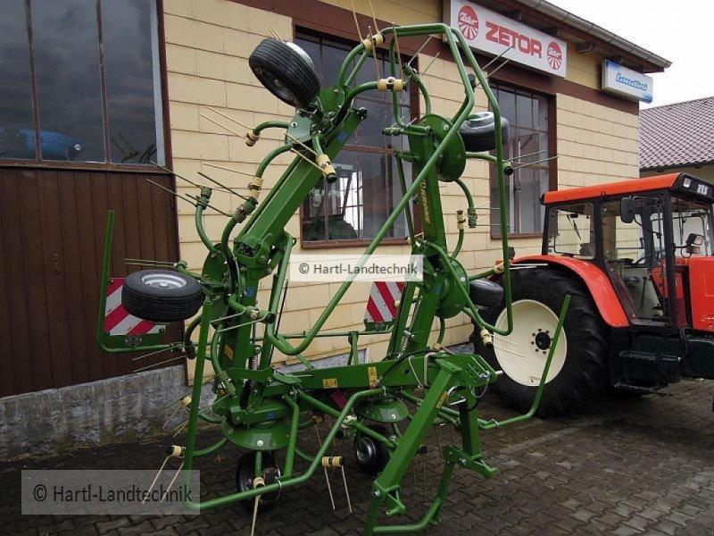 Kreiselheuer des Typs Krone KW 6.72/6, Neumaschine in Ortenburg (Bild 3)