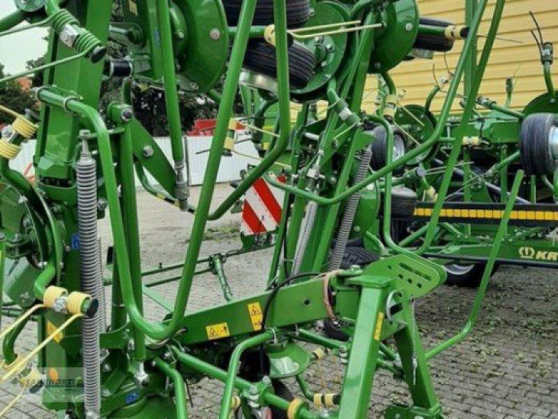 Kreiselheuer des Typs Krone KW 7.92/8, Neumaschine in Wiefelstede (Bild 1)